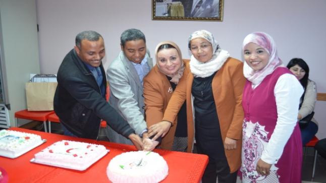 """""""نحن معا"""" ونساء الغد"""" في زيارة لمقر الهلال الاحمر المغربي"""