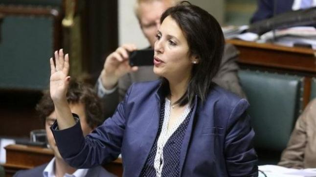 الريفية زكية الخطابي تخلق الحدث بالبرلمان الفدرالي البلجيكي